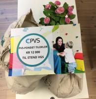 Bilde av PVS-diplom for tildeling av kr 12 000 til Stend vgs